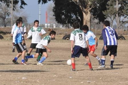 200 chicos en el fútbol 11