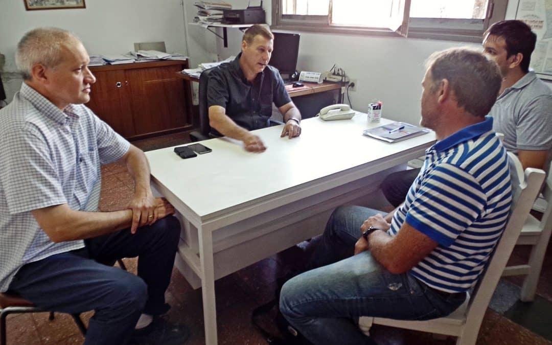 Funcionarios de Carlos Tejedor recorrieron obras de cloacas