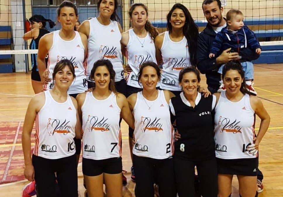 El Club Progreso resultó campeón en la liga de voley femenino