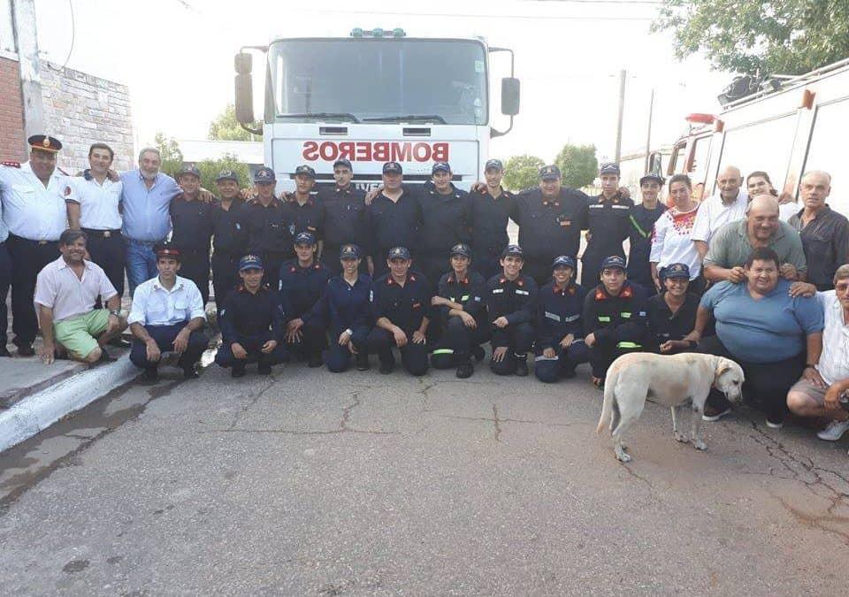 BOMBEROS VOLUNTARIOS DE DE BERUTTI INCORPORO A SU PARQUE AUTOMOTOR UN CAMION CISTERNA
