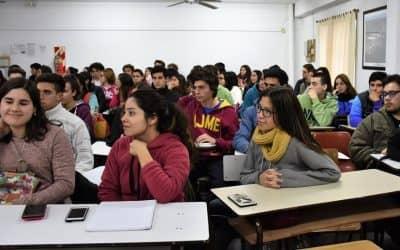 EL PROGRAMA SIES PARA LOS ESTUDIANTES DEL ÚLTIMO AÑO DE SECUNDARIO FUE DECLARADO DE INTERÉS PÚBLICO MUNICIPAL