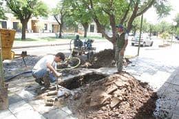 Servicios Sanitarios trabajó en el arreglo de un caño de agua