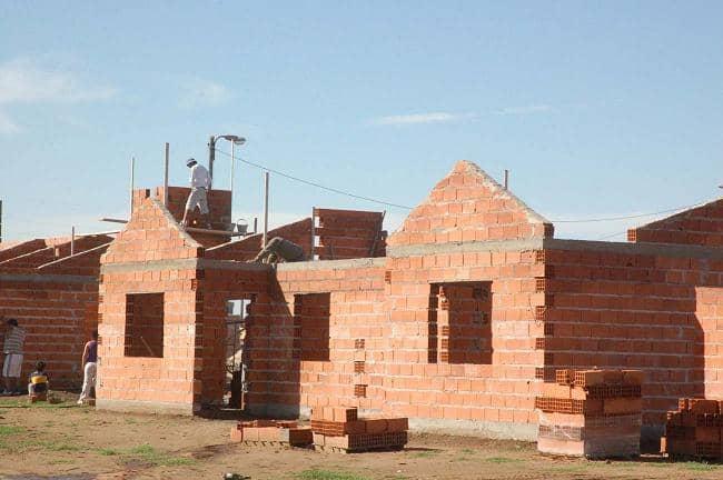 Avanzan las 80 viviendas de la Chacra 116