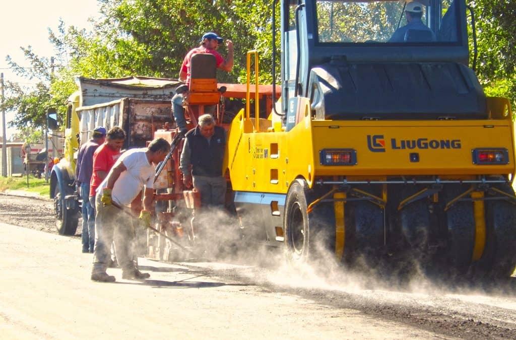 El Municipio avanza con pavimento y bacheo en la ciudad