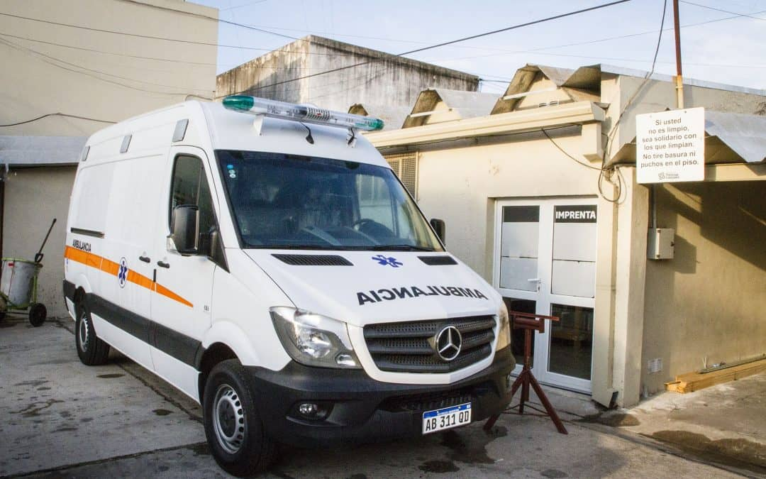 El viernes llega una ambulancia y comienza a funcionar