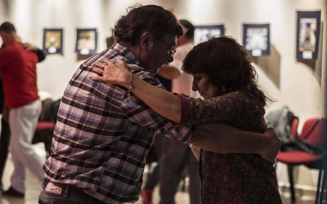 Barrios de Tango: hoy habrá una nueva práctica de Milonga