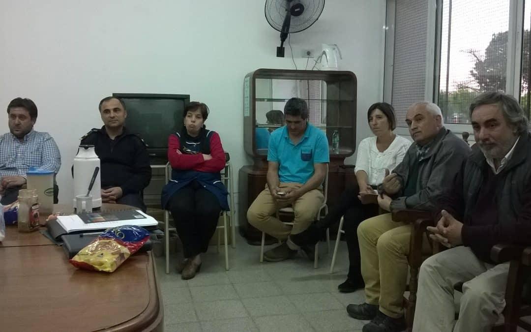 Fernández y Zapata se reunieron con los jóvenes en 30 de Agosto