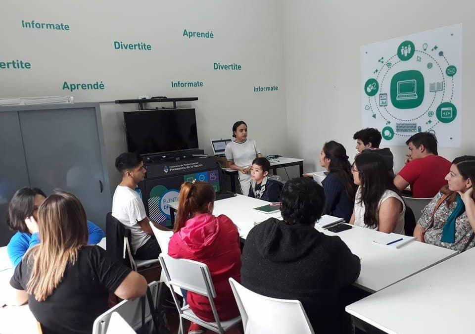 El sábado iniciaron dos cursos en el Club Social de Innovación y Punto Digital
