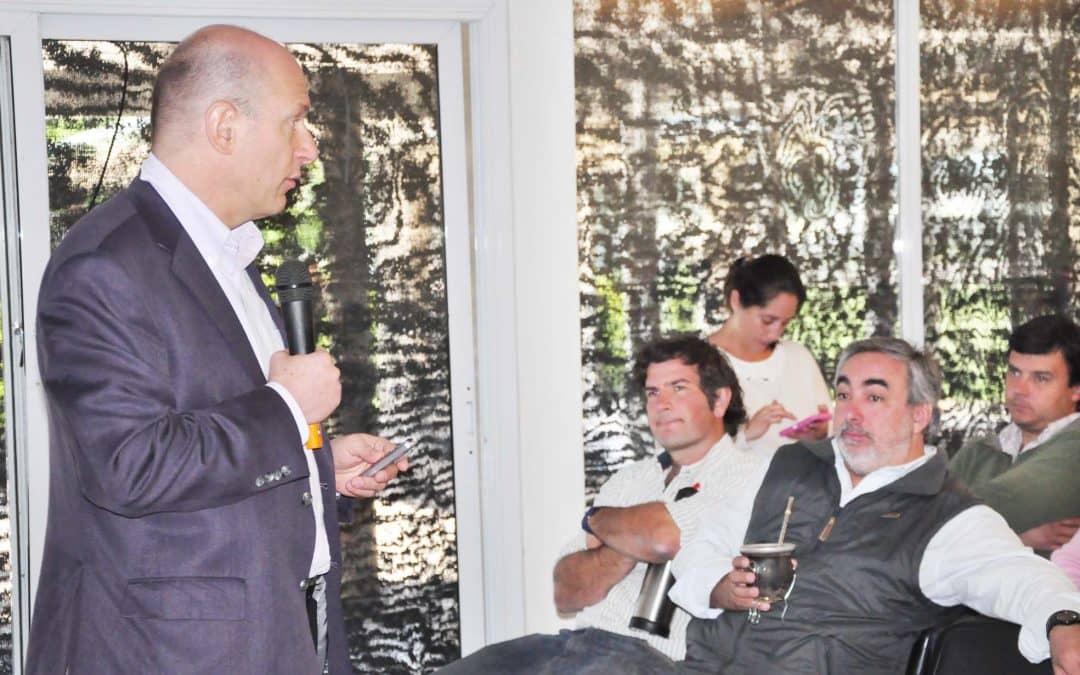 El Intendente participó de una charla organizada por la Sociedad Rural
