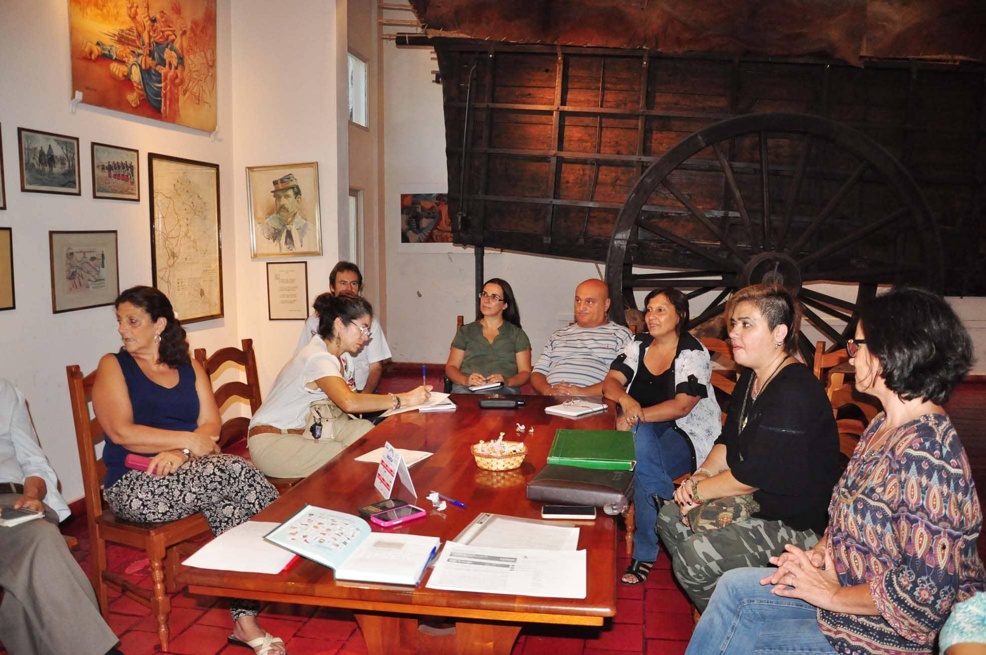 Reunión para formar la Comisión de los festejos de Abril