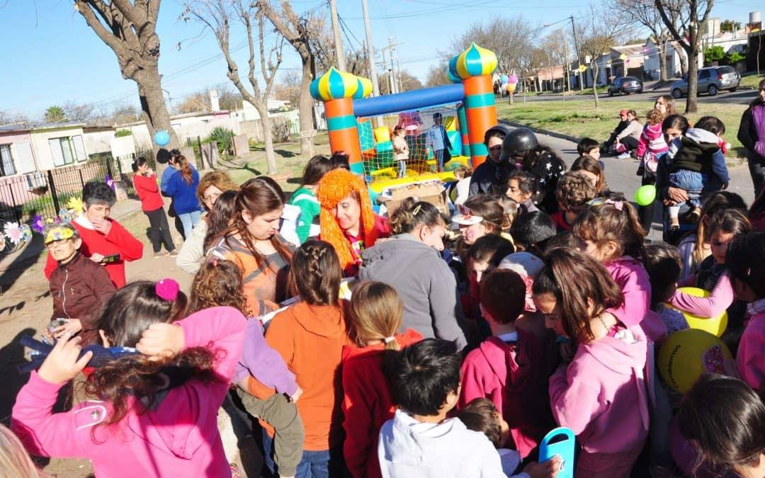 Hubo festejos del día del niño en distintos barrios