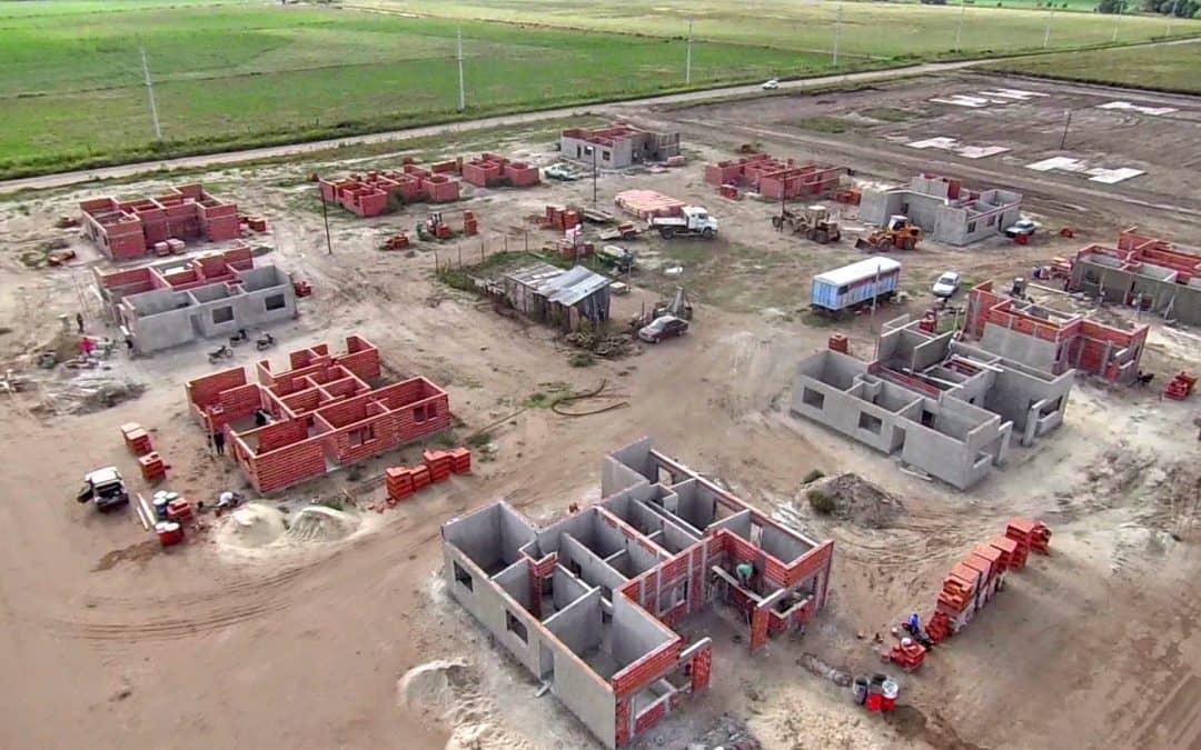 El Municipio trabaja en la red de agua de doble circuito en la Ampliación Urbana