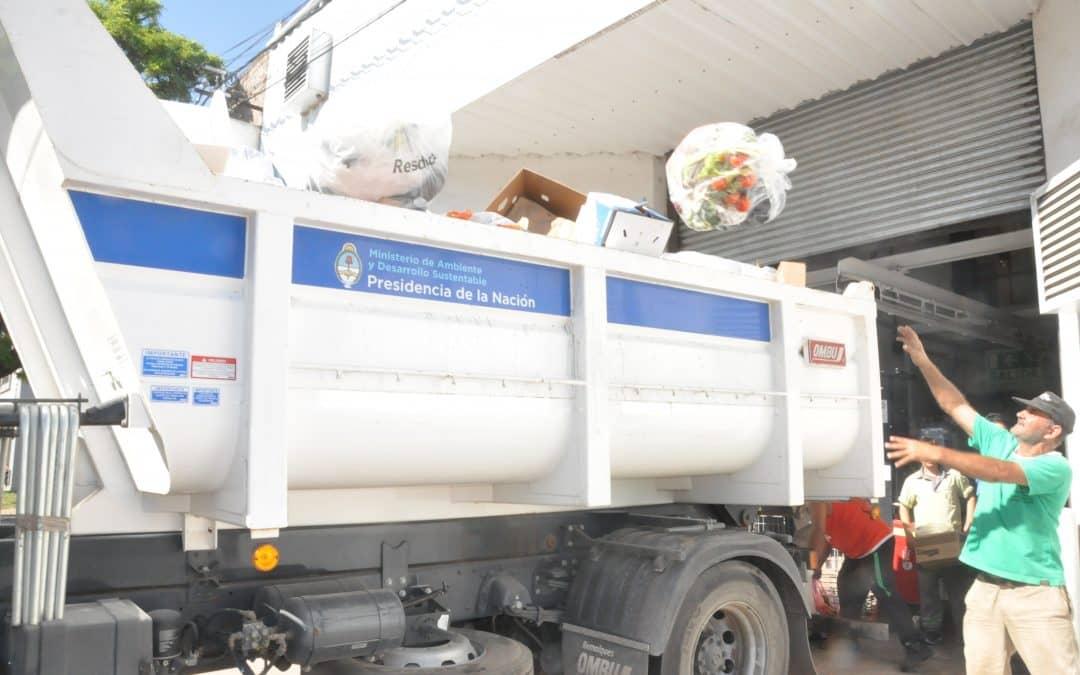 Se presta un servicio de recolección de residuos a grandes generadores