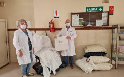 EL HOSPITAL DR. PEDRO T. ORELLANA RECIBIÓ UNA NUEVA DONACIÓN DE DAMAS ROSADAS: FUNDAS PARA COLCHONES Y ALMOHADAS Y 6 ALMOHADAS COMPLETAS