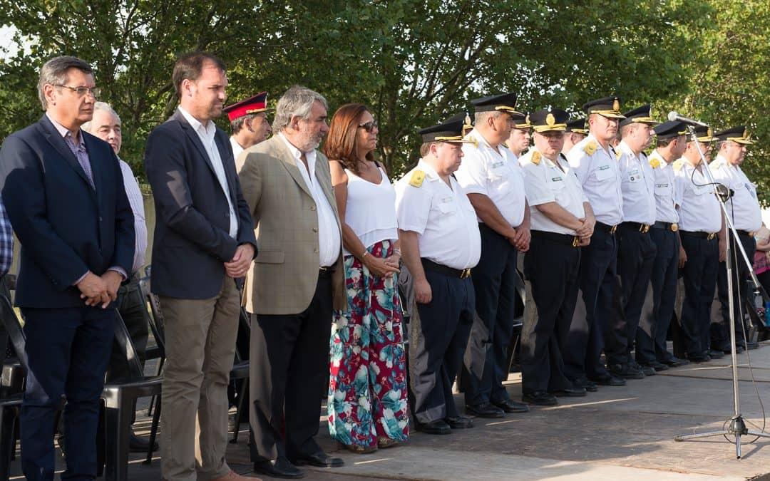Se realizó el desfile por el 136 aniversario de la Policía