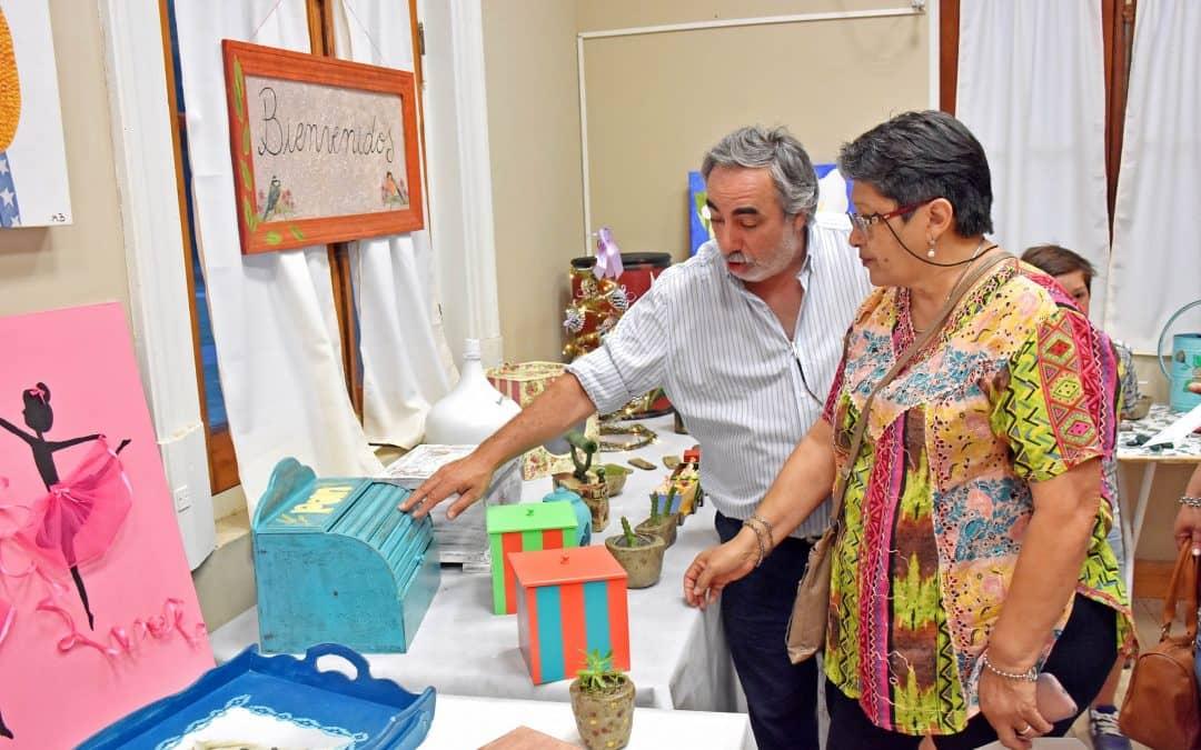 Se realizó el acto  de fin de curso y muestra de trabajos de la Escuela Municipal de Berutti