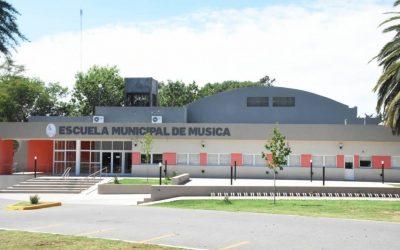LA ESCUELA MUNICIPAL DE MÚSICA, LA ESCUELA DE CERÁMICA Y LOS TALLERES ARTÍSTICOS SUSPENDIERON LAS CLASES PRESENCIALES, PERO SE TRABAJA DESDE LA VIRTUALIDAD