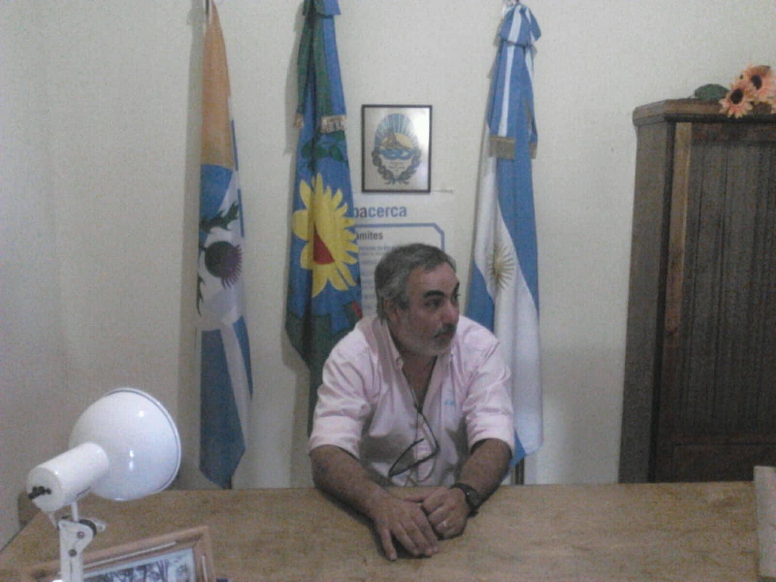 Fernández recorrió Girodías