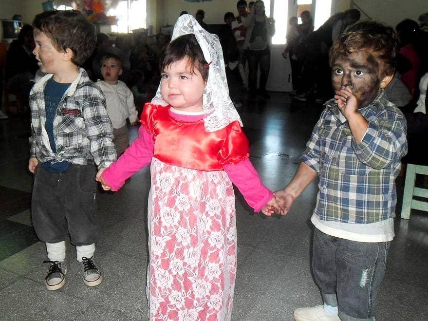 Festejos del 25 de Mayo en los Jardines Maternales