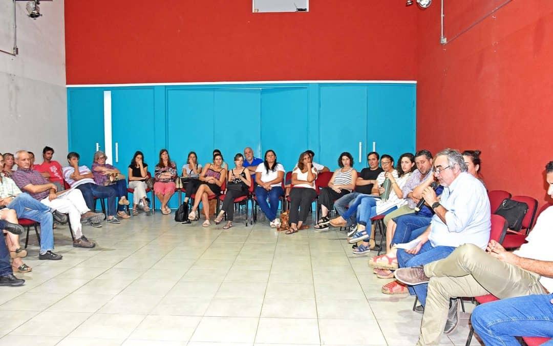 Fernández presidió una reunión de gabinete ampliado en la que repasó 2017 y proyectó el próximo año