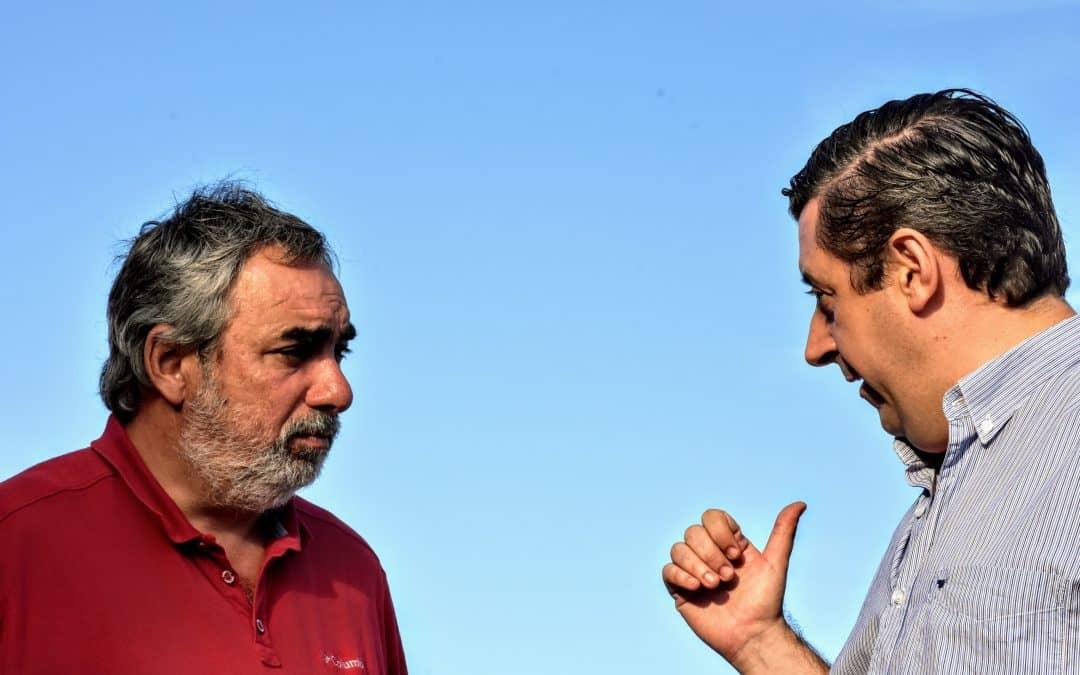 Fernández y Álvarez buscarán financiamiento para la obra de pavimentación de la calle que divide a la localidad
