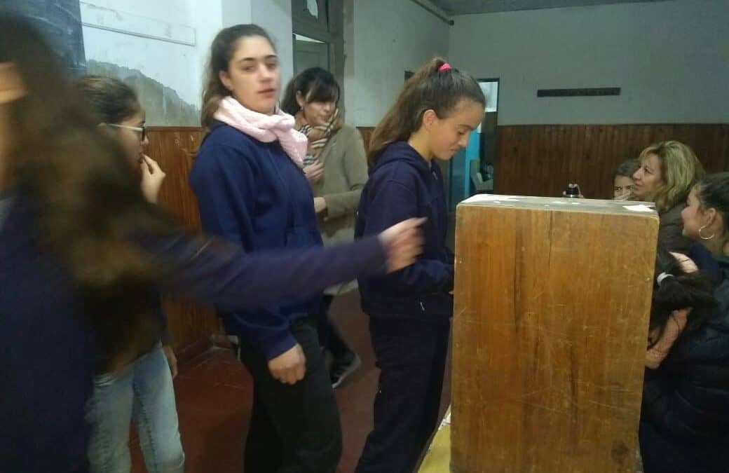 Se votó el PP Joven en 30 de Agosto y ganó el proyecto que impulsa mesas y parrillas en el acceso