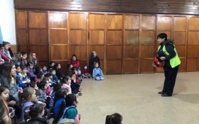 PROTECCIÓN CIUDADANA OFRECIÓ UNA CHARLA SOBRE EDUCACIÓN VIAL A LOS ALUMNOS DEL JARDÍN Nº 902