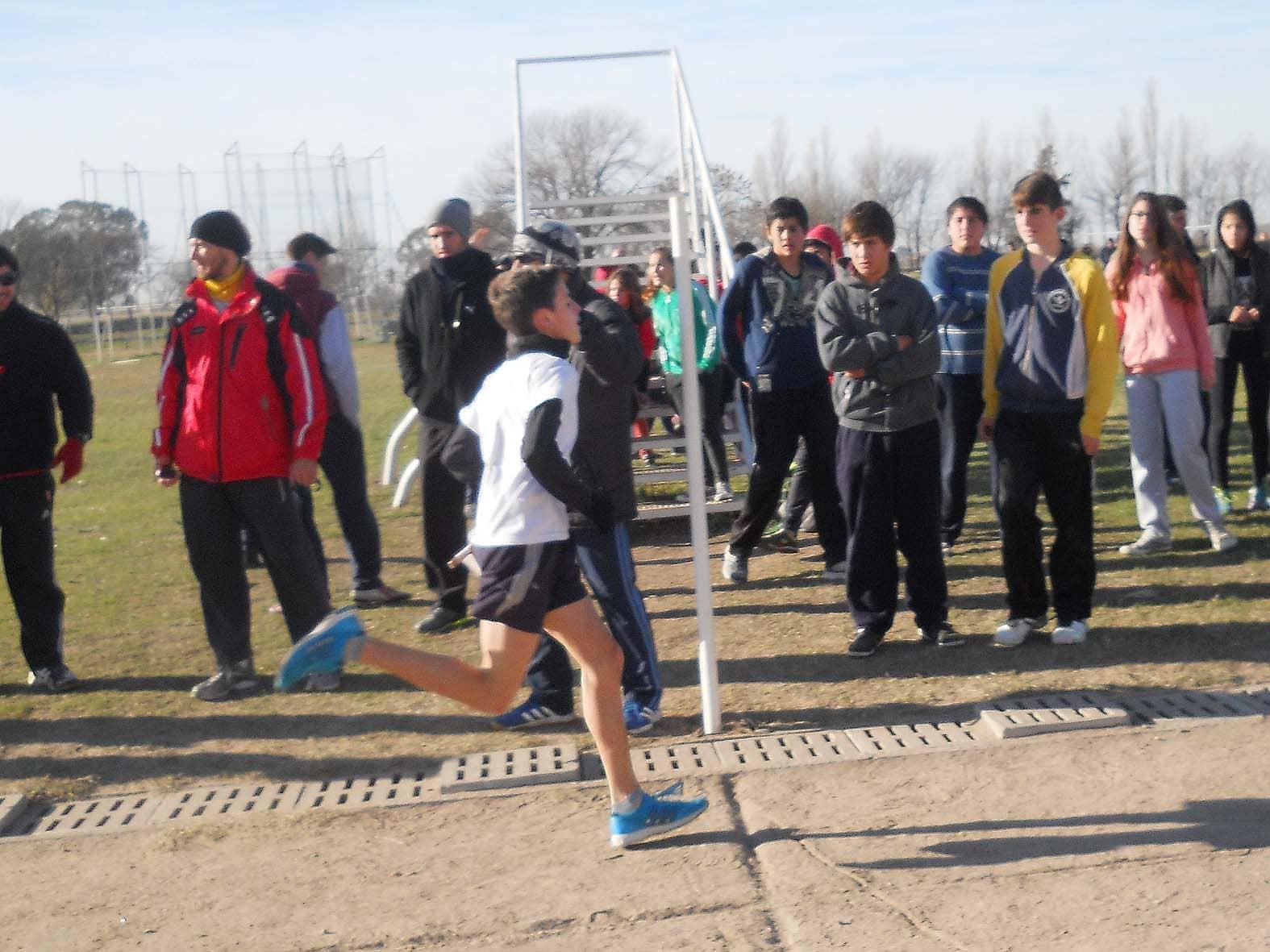 Juegos BA - atletismo distrital - junio 2015 (4)