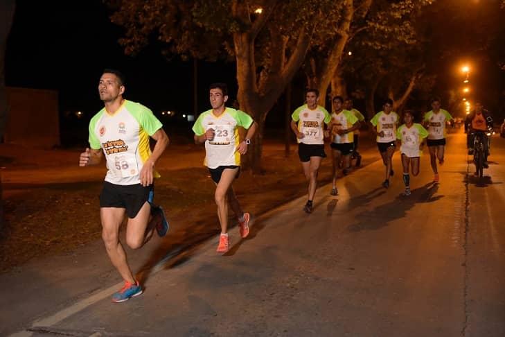 Se realizará una maratón nocturna en el Polideportivo