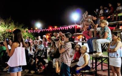 SABADO AL COMPAS DEL TANGO: SEMINARIO POR LA TARDE Y POR LA NOCHE MILONGA Y EXHIBICION EN PLAZA ITALIA