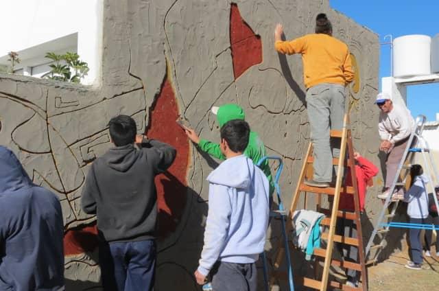 Estudiantes de Girodías realizan un mural en 30 de Agosto