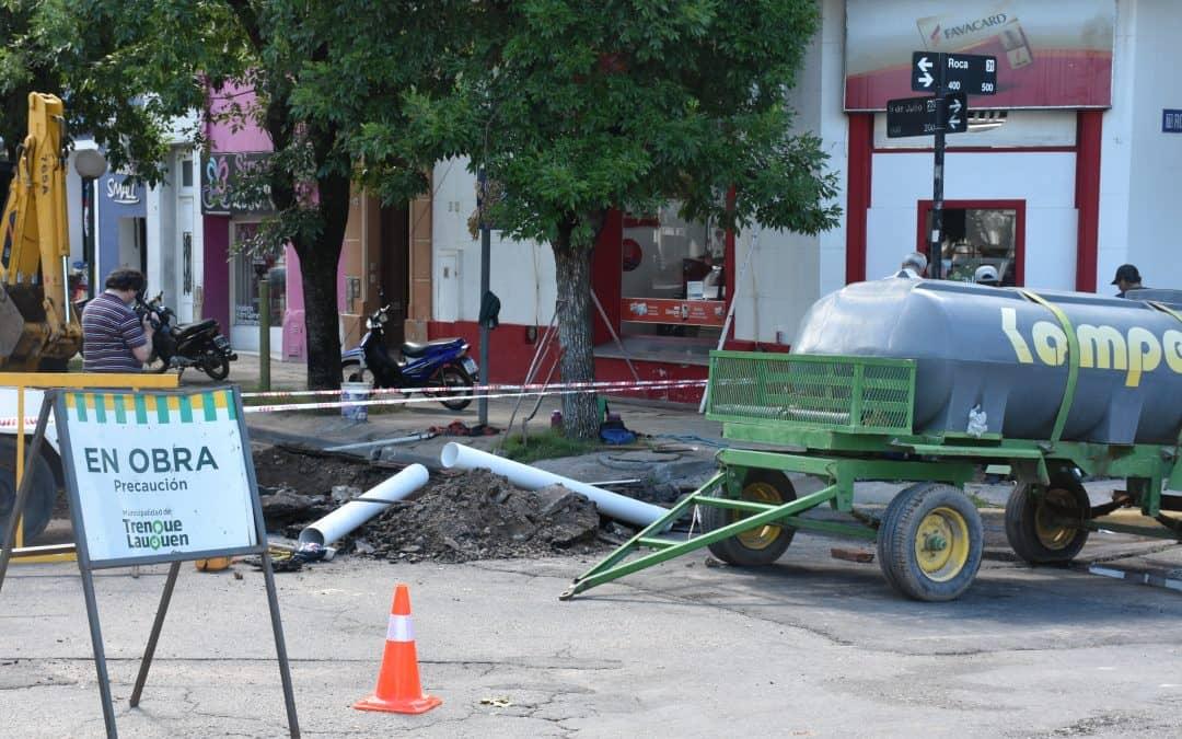 RETOMAN EL TRABAJO DE RECAMBIO DE UN TRAMO EN LA RED DOMICILIARIA DE CLOACAS