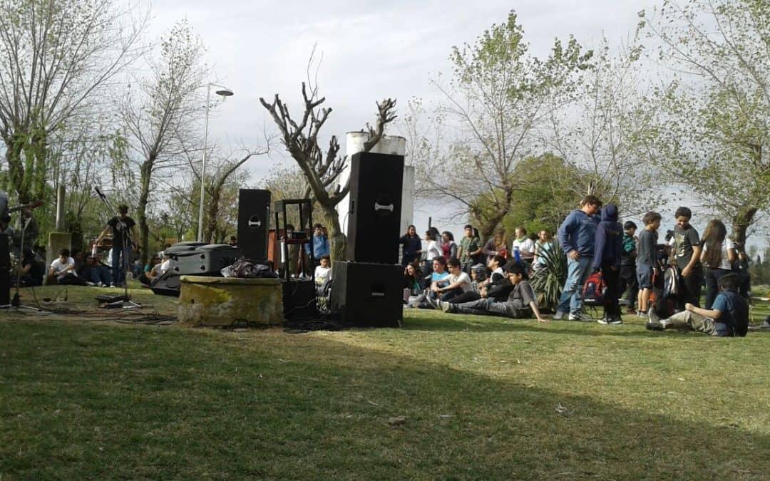 Berutti festejó la primavera en el Instituto Padre Castellaro