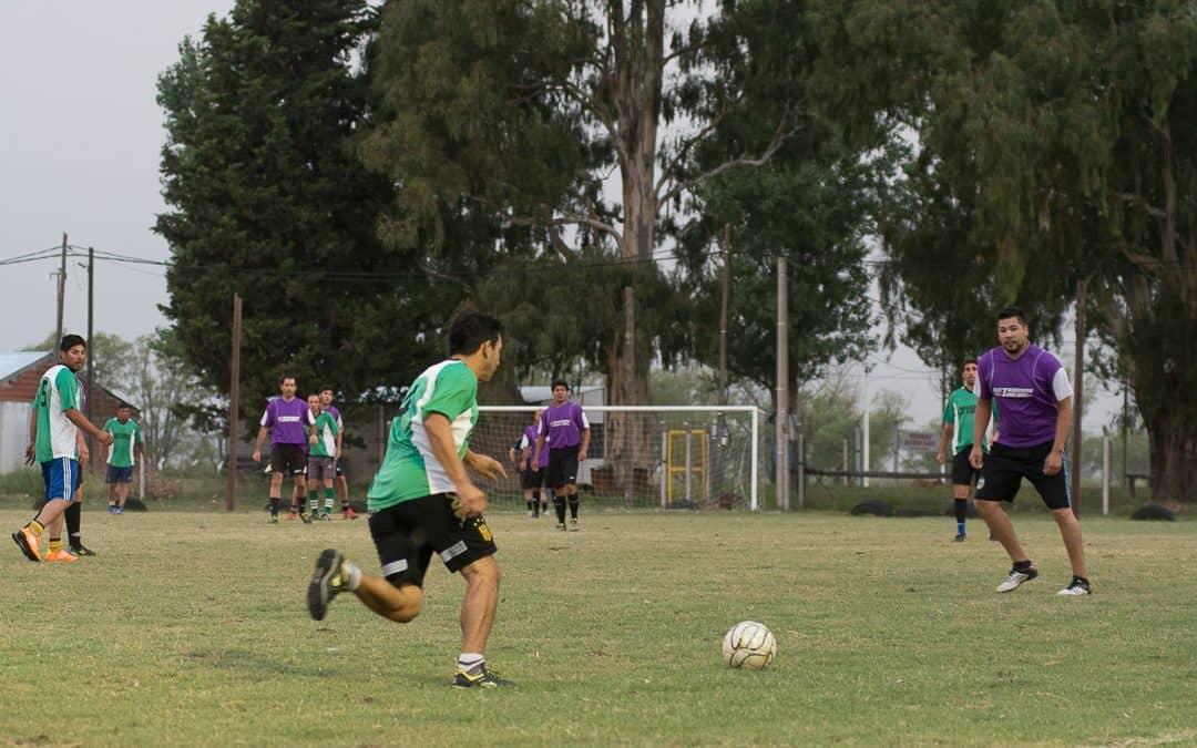 Continúan hoy las competencias de fútbol once del Reencuentro