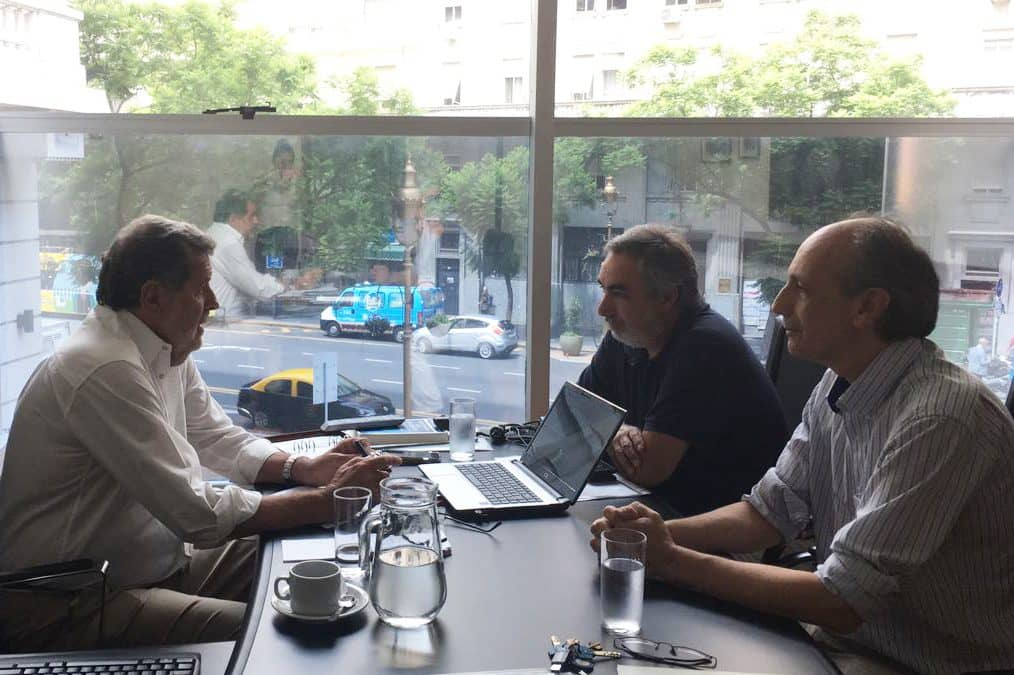 Fernández presentó proyectos de modernización y capacitación al Ministro Elustondo