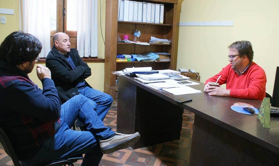 REUNIÓN DEL DIRECTOR DEL ENTE DESCENTRALIZADO CON EL NUEVO DIRECTOR DEL HOSPITAL EGUIGUREN PARA EMPEZAR A PLANIFICAR