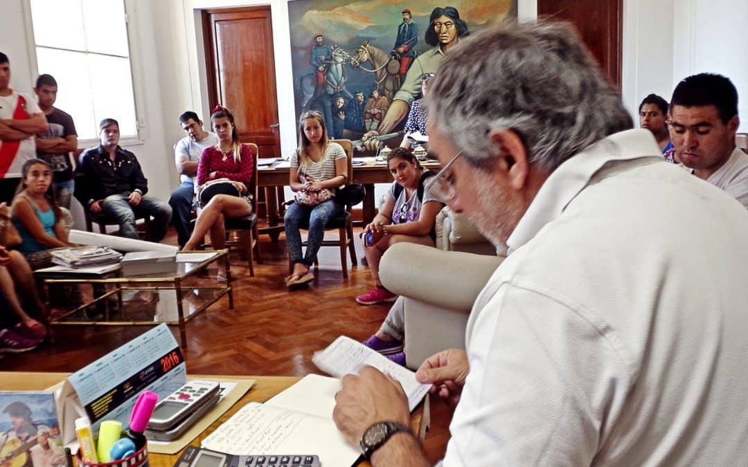El Intendente Fernández se reunió con el personal del Estacionamiento Medido