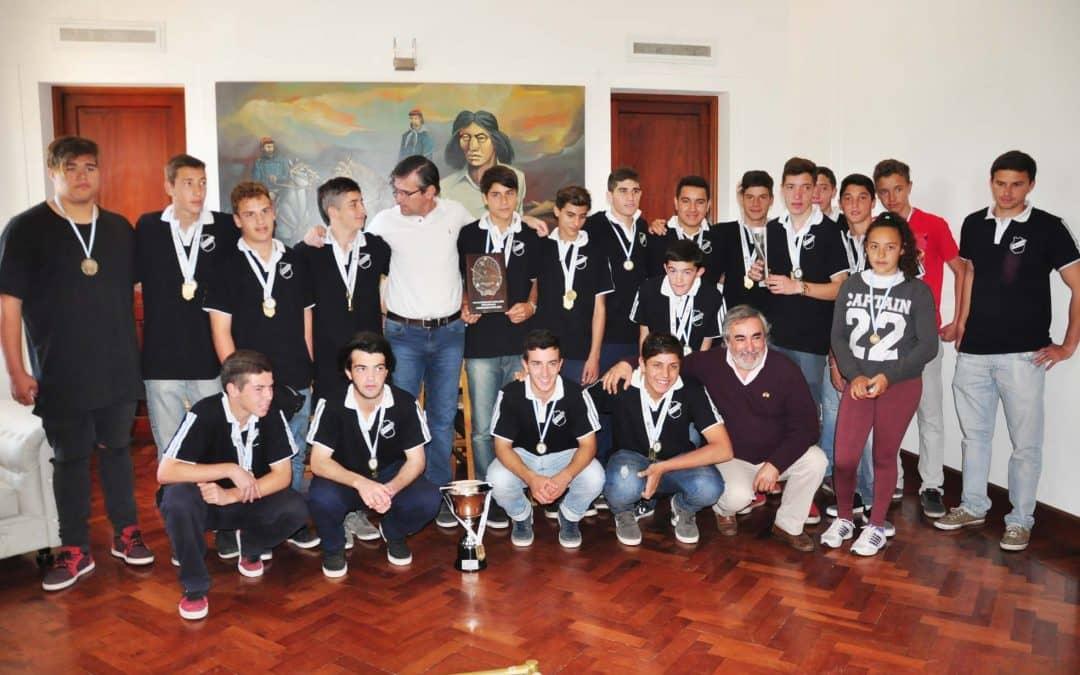 El Intendente recibió a los jóvenes que participaron de los Torneos Evita