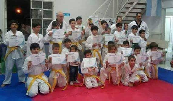 Graduaciones para los chicos de taekwondo