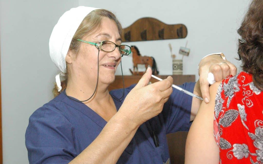 Reunión en el CAPS Carrillo por incorporación de vacunas