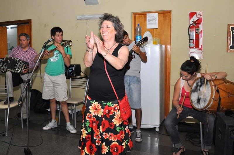 Cristina Velasco con los abuelos del Castella
