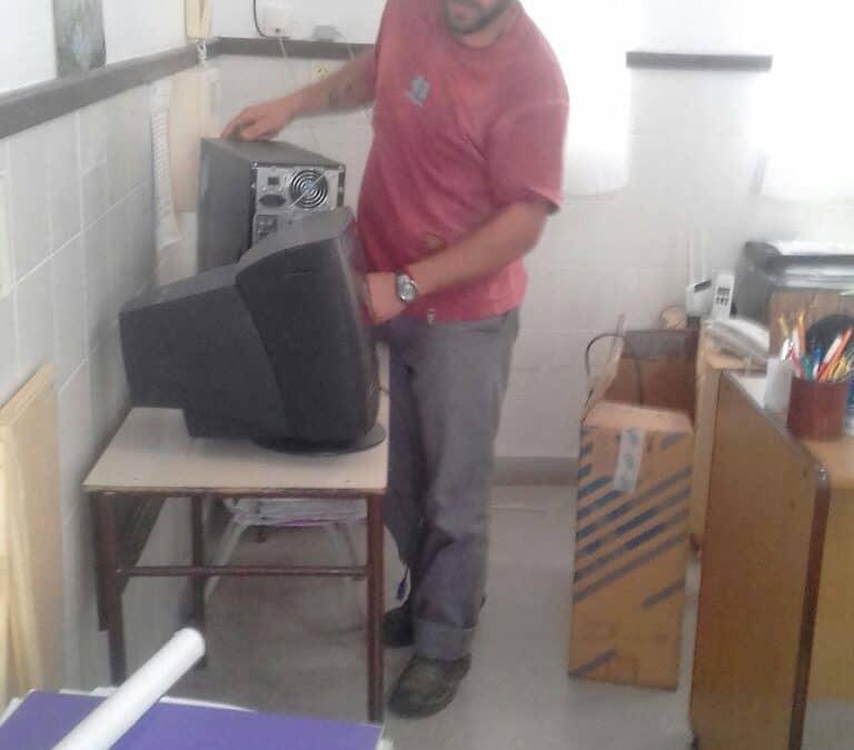 El Municipio recibe, repara y dona aparatos electrónicos
