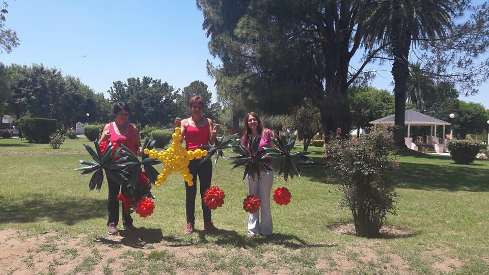 Concurso de adornos festivos elaborados con material reciclado