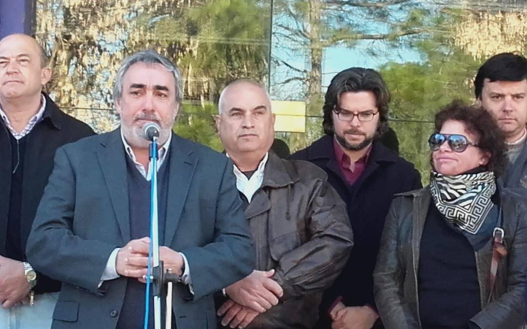 Aniversario de 30 de Agosto: Fernández anunció viviendas y una obra para el Hospital