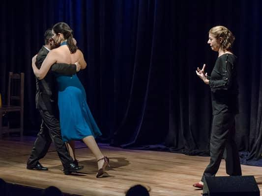 """Se presenta """"Así se baila el tango"""" en la Casa de la Cultura"""