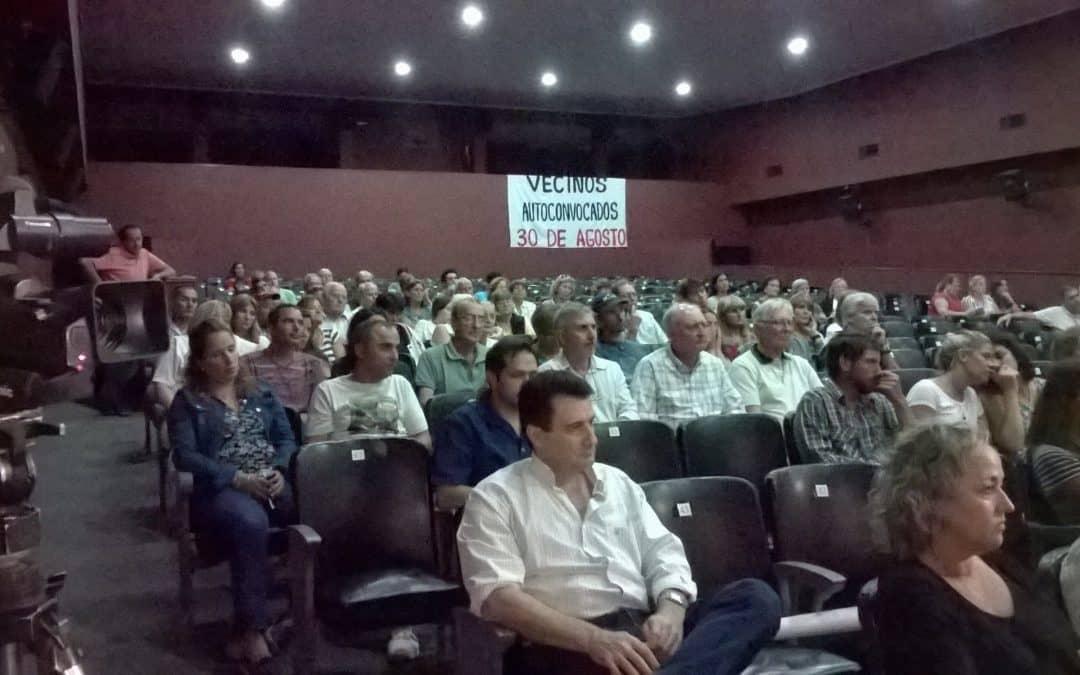 30 de Agosto: Con un centenar de vecinos se realizó la asamblea sobre agroquímicos