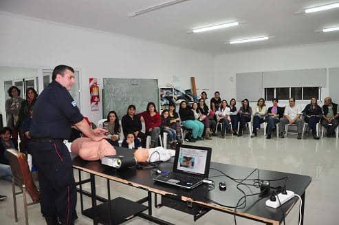 Curso de RCP en el ramón Carrillo