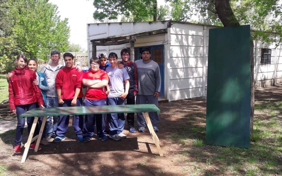 Alumnos del Centro Laboral realizan tablones para la Feria EcoFines