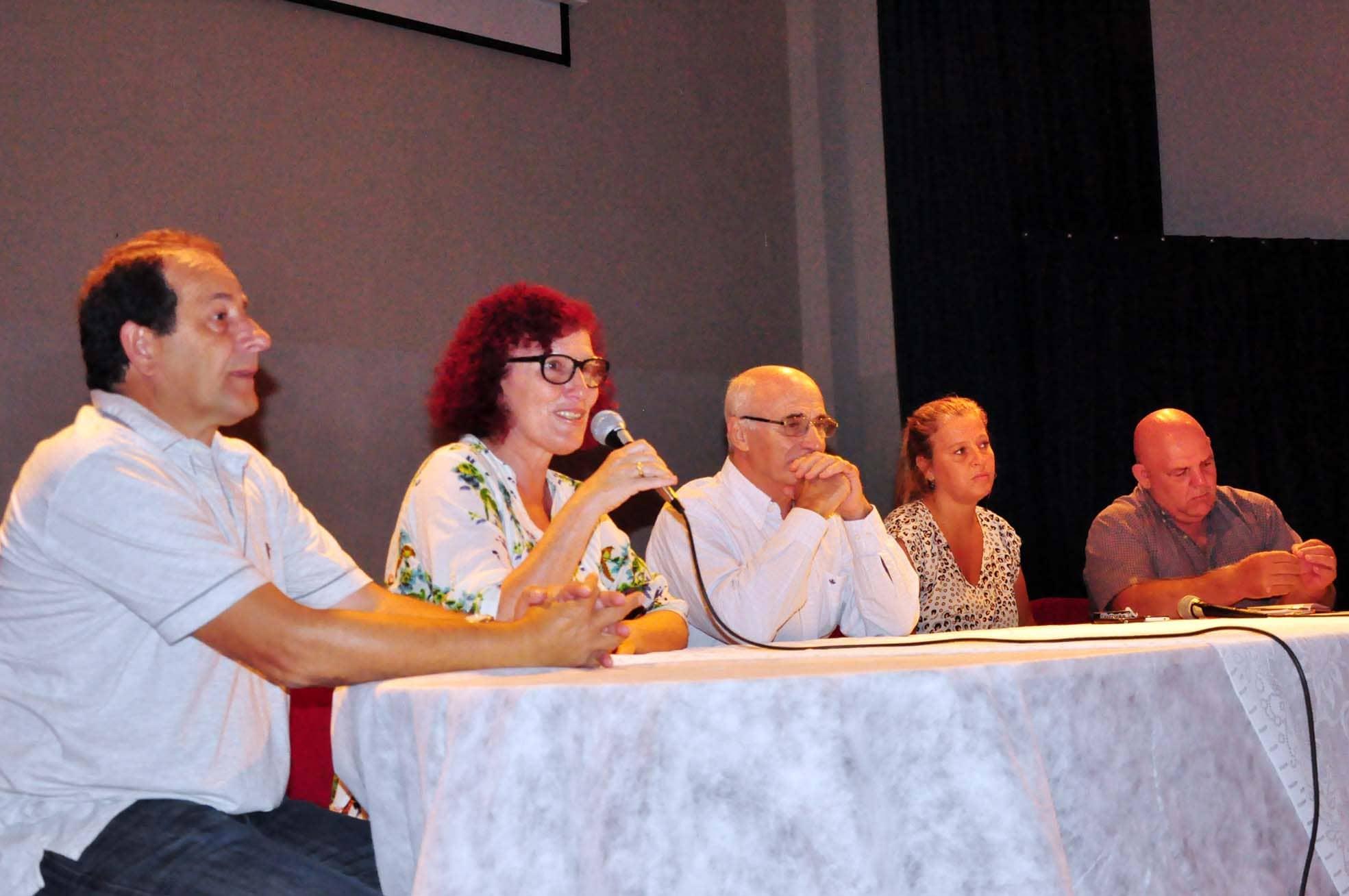 Se realizó una charla abierta sobre Dengue