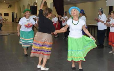 El PRAM cerró con baile y almuerzo un año de crecimiento: asisten más de 90 adultos mayores